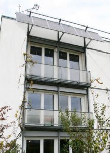 The building's two-part solar photovoltaic system covers 26 square metres and is mounted on the terrace as well as on the roof.